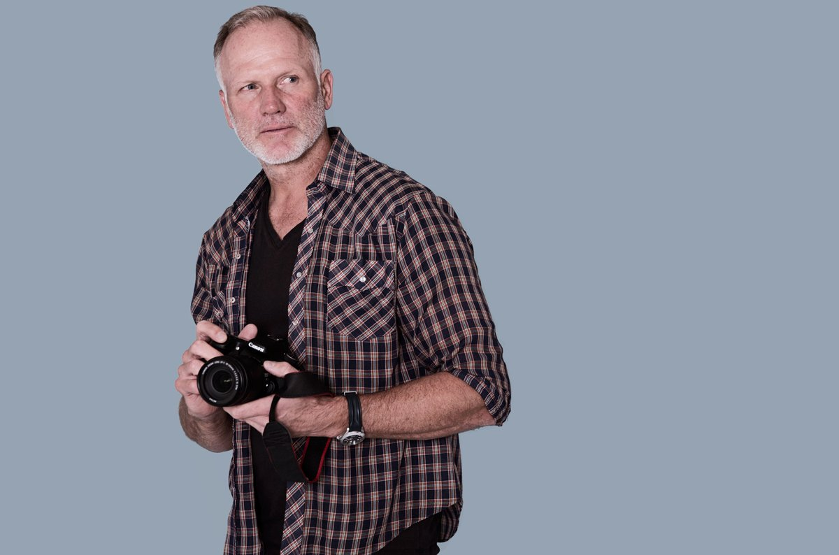 Become A Photographer with DLPHOTO School & Studio